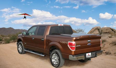 Tonneau cover leer 700 truck cap on Ford